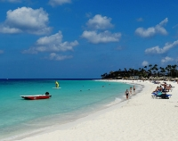 Aruba beach © Roel van Deursen