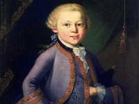 A portrait of Mozart as a child © Wikimedia Commons