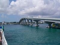 Paradise Island Bridge, Bahamas © Peter Lucas