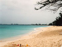 Seven Mile Beach, Grand Cayman © Judith Duk