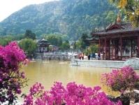 Hot springs building © www.visitourchina.com