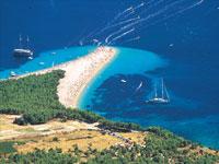 Zlatni Rat beach, Brac Island © Ivo Pervan/Croatia Tourist Board