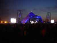 The Pyramid Stage at Glastonbury Festival 2004 © Jonathan Stewart