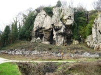 Caves at Creswell Crags © Henrylisatom