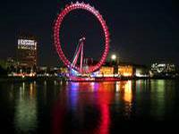 London Eye at night © Tunliweb