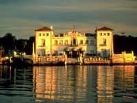 Vizcaya Villa