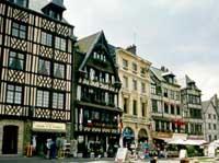 Vieux Marche, Rouen ©