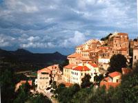 Belgodere, Balagne area of Corsica © Judith Duk
