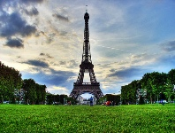 The Eiffel Tower © ainet