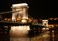Chain Bridge © Arian Zwegers