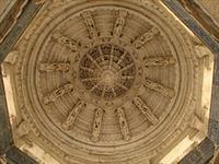 Jain Temple, Ranakpur © McKay Savage
