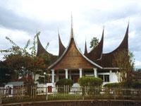 Bukkitinggi, Sumatra © Judith Duk