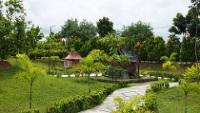 Taman Mini © Tun Tun Win