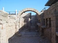 Ruins in Caesarea © Heatkernel