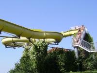 Water slide © Wikimedia Commons