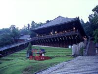Todaiji Temple, Nara © JNTO