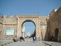 Gate to the Old City in Tripoli © rafa