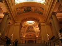 Museum of Fine Arts Entrance Hall ©