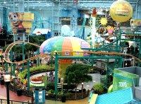 Nickelodeon Universe at the Mall of America © Flickr: Aine D