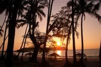 Ngwe Saung beach ©