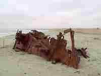 A wreck on the Skeleton Coast © Verdi