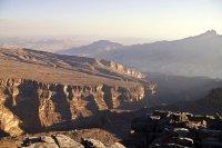 Al Hajar Mountains © Hulivili