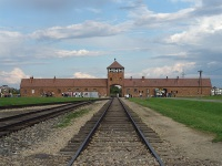 Auschwitz © Grippenn