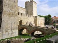 Castello de Sao Jorge, Lisbon © jay