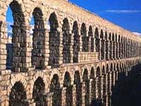 Aqueduct in Segovia © Spanish Tourist Board