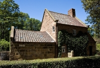 Cook's Cottage, Melbourne © alh1