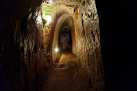 Vinh Moc Tunnels  © Andrew Smith