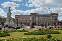 Buckingham Palace and the Queen's Gallery photo